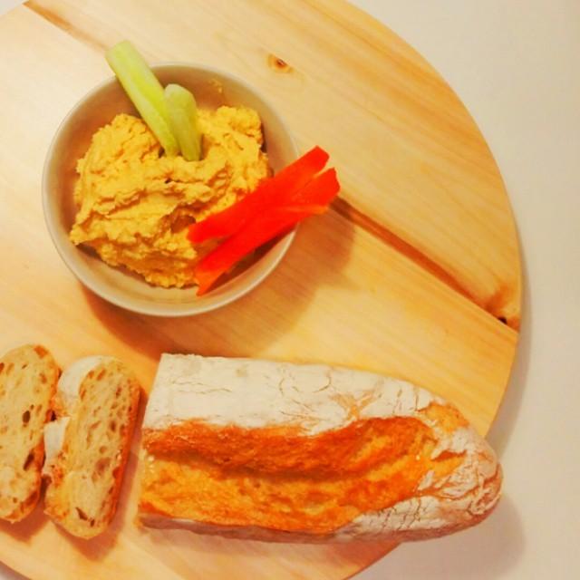Hummus idealny – czyli niezwykła pasta z ciecierzycy