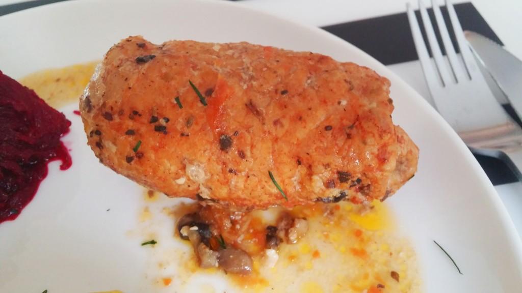 Zrazy wieprzowe z farszem warzywno-pieczarkowym
