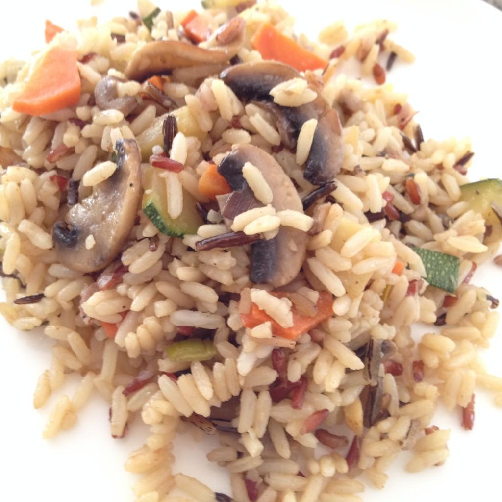 Trójkolorowy ryż z warzywami