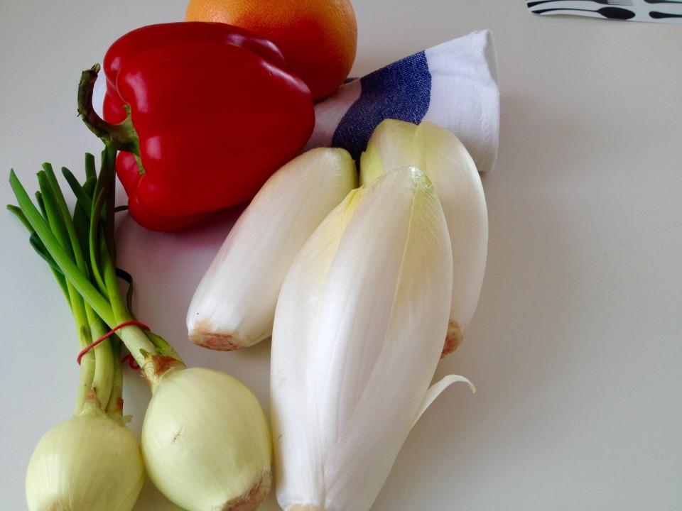 Sałatka z cykorii i papryki