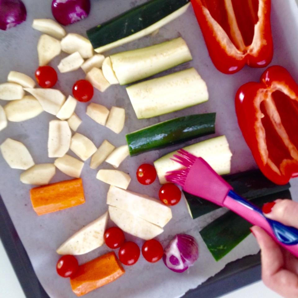 Quinoa i kasza bulgur z pieczonymi warzywami