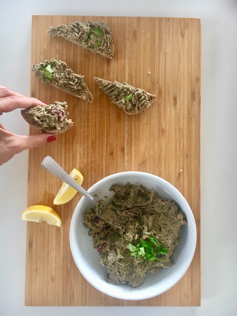 Pasta z tuńczyka i pietruszki