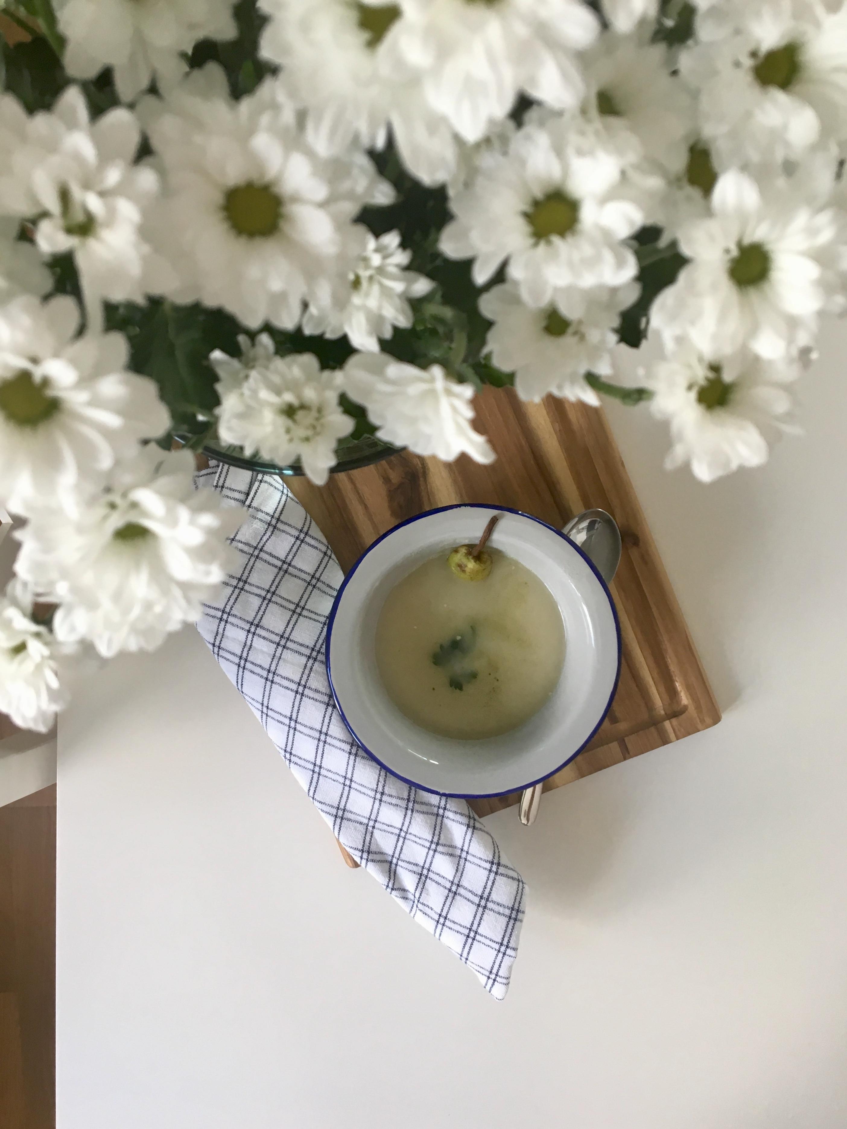 Krem z selera i gruszki