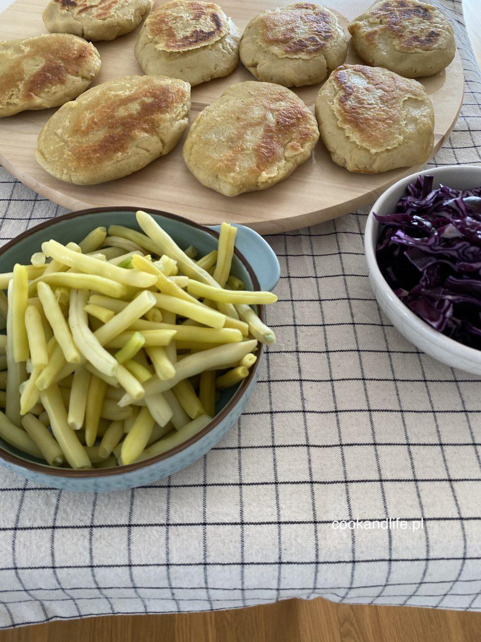 Kotlety ziemniaczane z farszem - wegański przepis