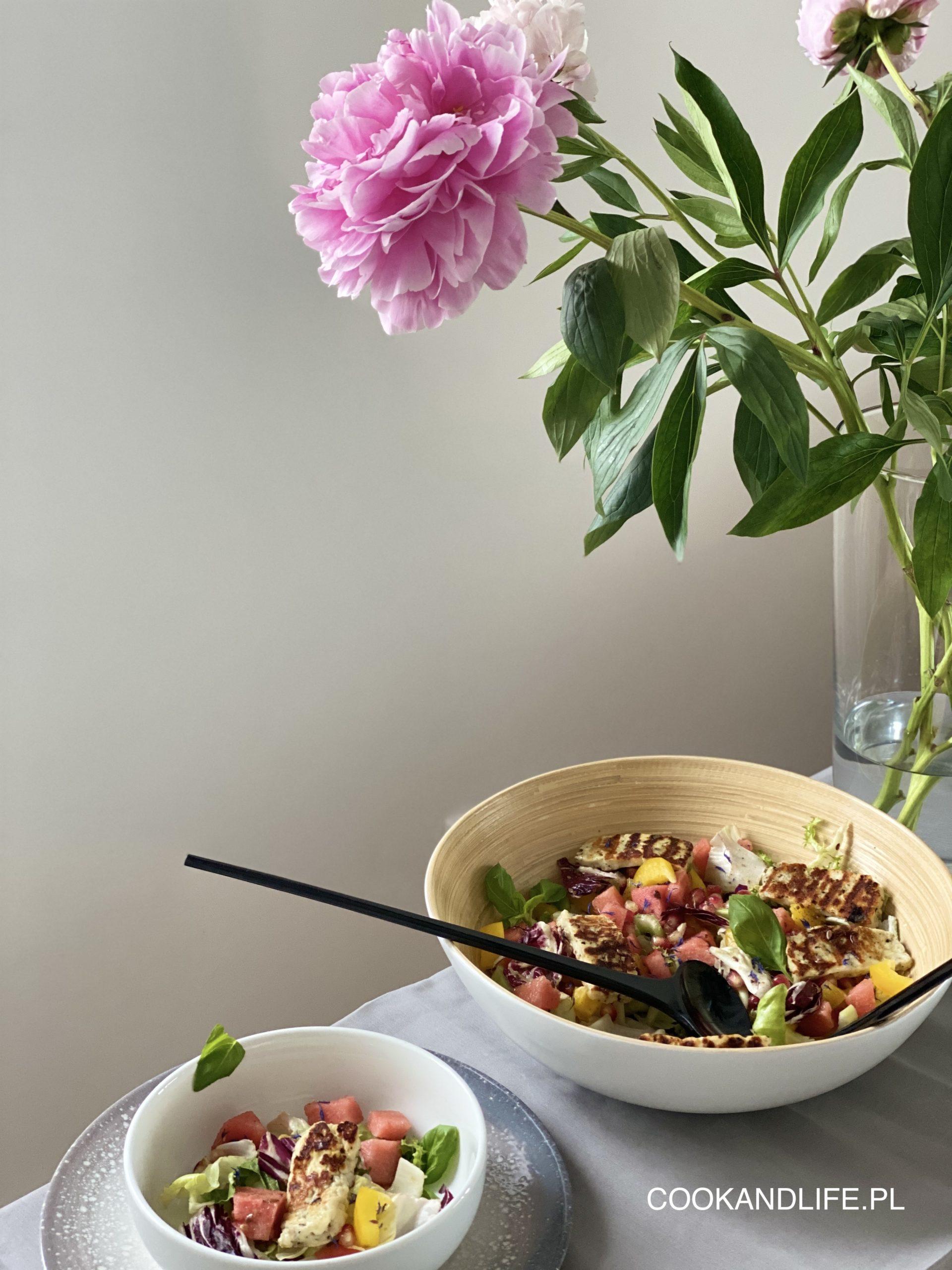 Sałatka z arbuzem i serem halloumi- przepis pełen witamin