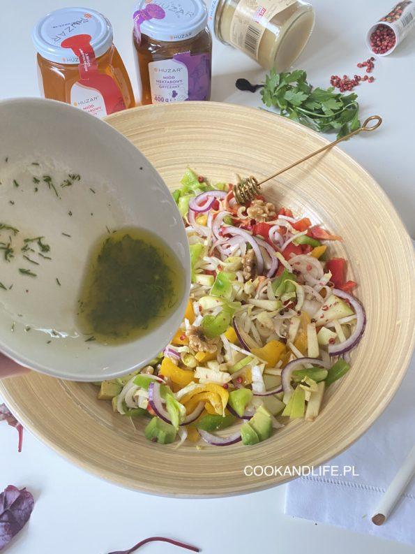 Sałatka z cykorii z dressingiem miodowym na zdrowe jelita