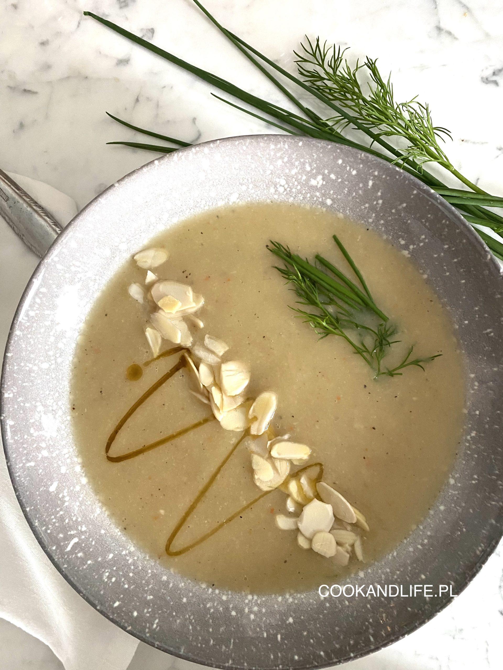 Krem z białych warzyw - zupa w oczekiwaniu na prawdziwą wiosnę